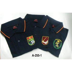 Camiseta-Polo manga corta azul marino bordada emblemas
